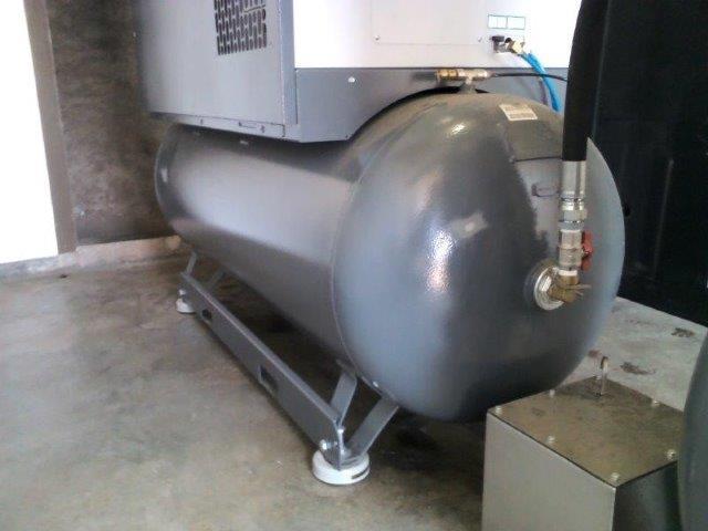 Inspeção de segurança em compressores